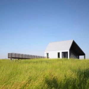dezeen_House-on-Limekiln-Line-by-Studio-Moffitt_1sq