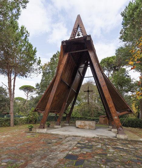 Sant-Annas-Chapel-recovery-by-Studio-Galantini_dezeen_3