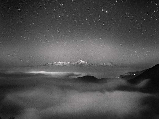 kanchenjunga-night-landscape_78537_990x742