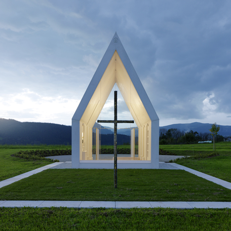 Maria-Magdalena-chapel-by-Sacher-Locicero-Architectes-photo-Gerhard-Sacher_dezeen_sqa